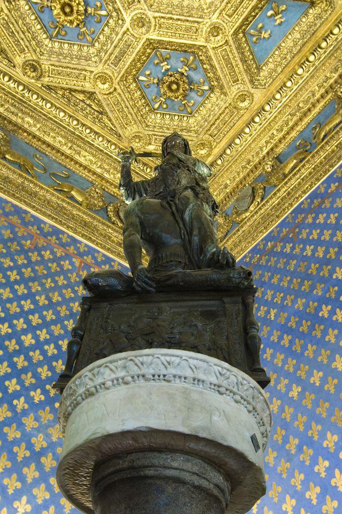ヴェッキオ宮殿 百合の間 ドナテッロ