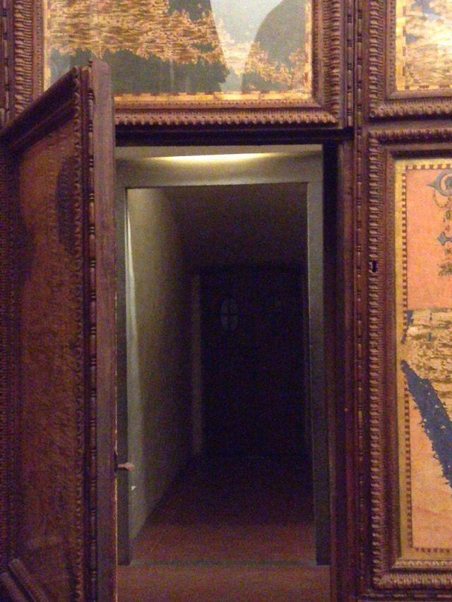 ヴェッキオ宮殿 秘密の扉