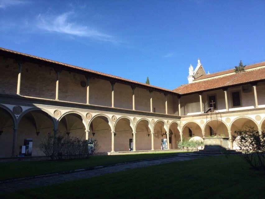 サンタ・クローチェ教会 中庭