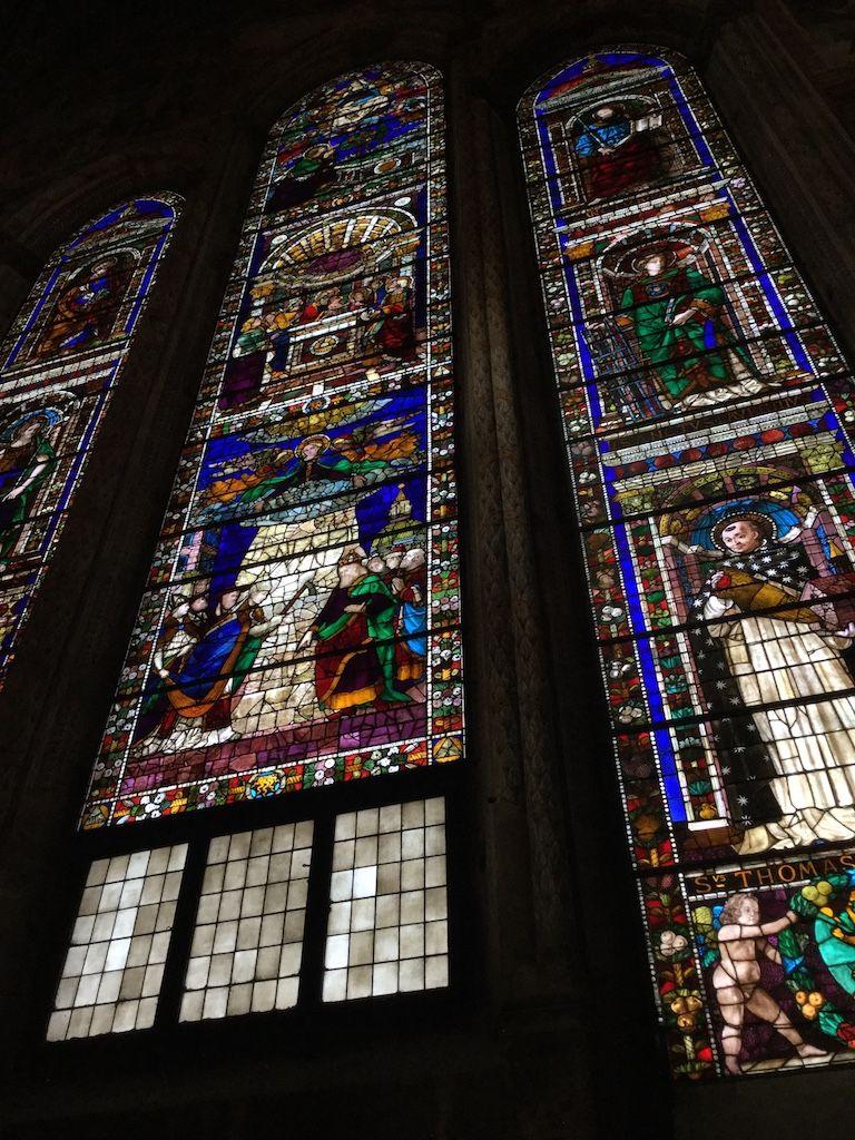 サンタ・マリア・ノヴェッラ教会 主祭壇ステンドグラス ギルランダーイオ下絵