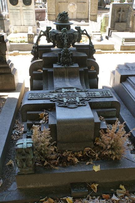 ミラノ 墓 デコ