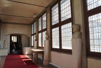 ヴァザーリの回廊 ヴェッキオ宮殿-ウフィツィ美術館
