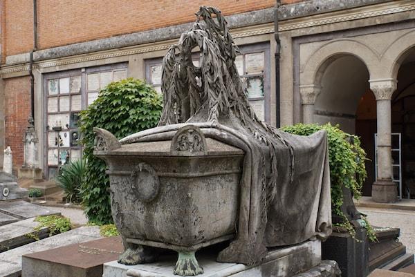 ミラノ墓地 棺桶
