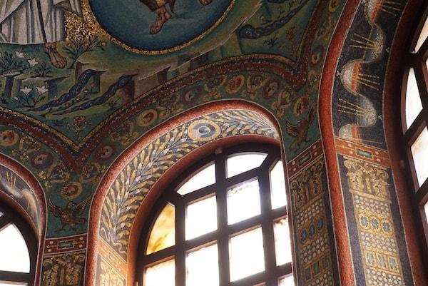 聖ヴィターレ教会 内部
