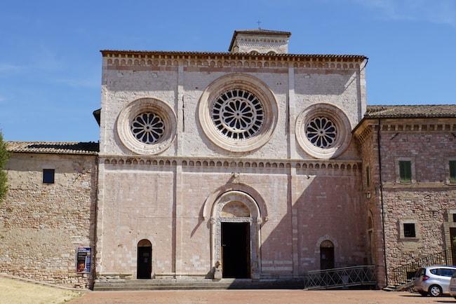 アッシジ サン・ピエトロ教会