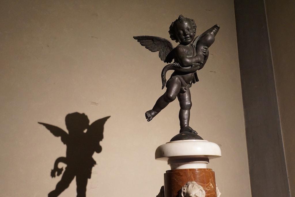 ヴェッロッキオ イルカと天使