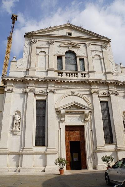 サン・ジョルジョ・イン・ブライダ教会