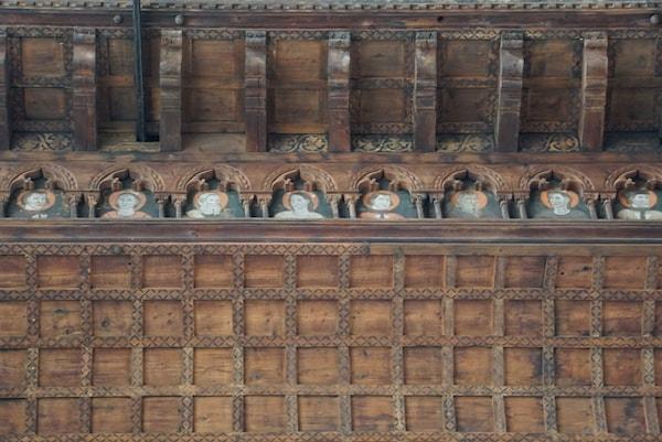 船底屋根の細部