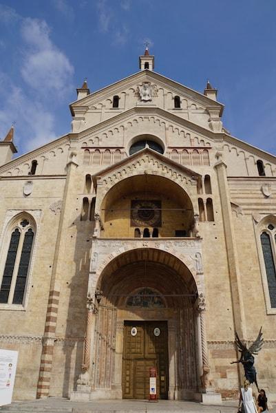 ヴェローナ大聖堂 ファサード
