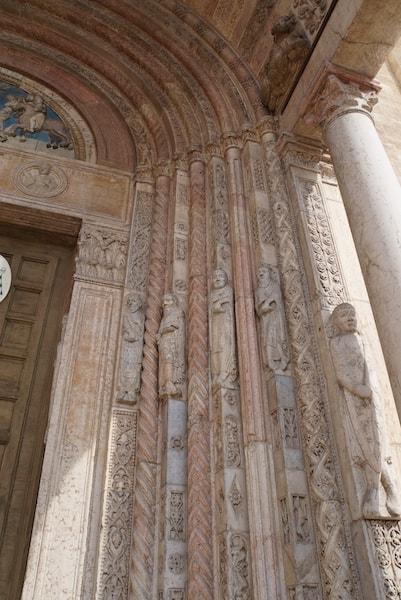 ストロンバトゥーラ ファサード装飾