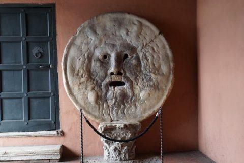 ローマ 真実の口