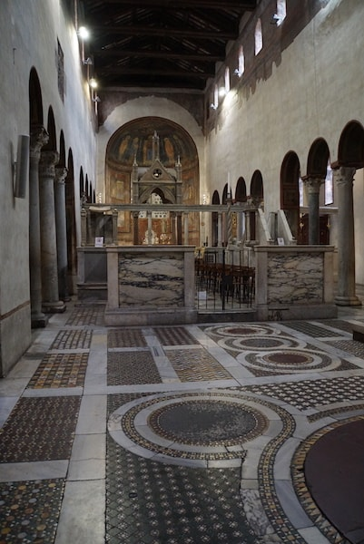 サンタ・マリア・コズメディン教会