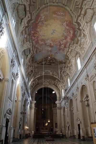 サンタ・マリア・デル・カルミネ教会内部