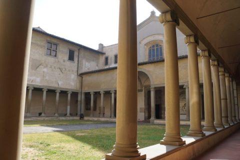 サンタ・マリア・マッダレーナ・デイ・パッツィ教会 中庭