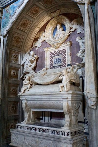 サン・ミニアート・アル・モンテ教会 ポルトガルの枢機卿の礼拝堂