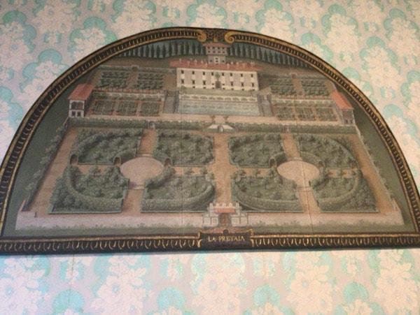 ウテンス メディチ別荘 ペトライア