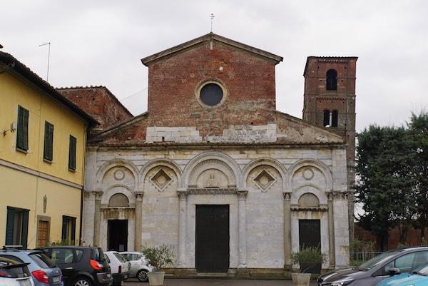 サン・ミケーレ・デリ・スカルツィ教会