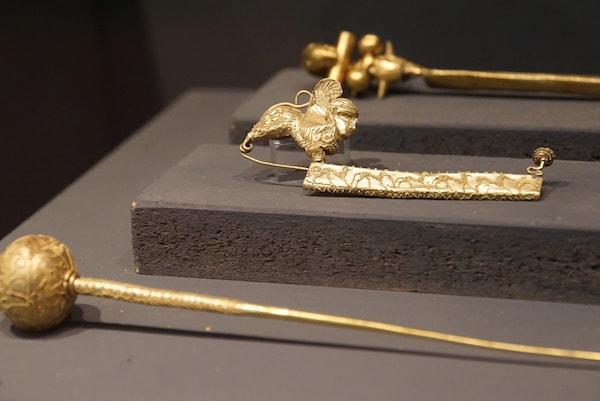 フィレンツェ考古学博物館 フィブラ留め金