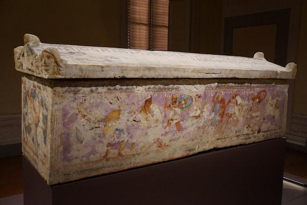 フィレンツェ考古学博物館 アマゾンとの戦いの棺