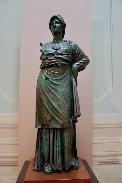 フィレンツェ考古学博物館 アレッツォのミネルヴァ