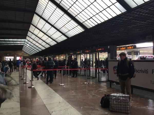 フィレンツェ サンタ・マリア・ノヴェッラ駅構内