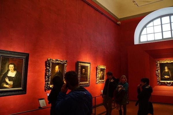 ウフィツィ美術館 レンブラント ルーベンス