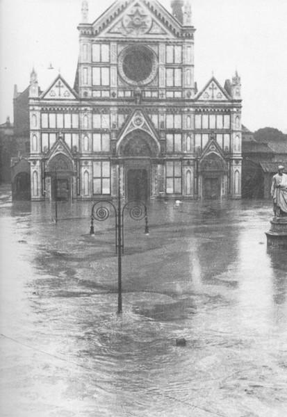 フィレンツェ洪水1966 サンタ・クローチェ