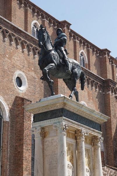 コッレーオーニ騎馬像 ヴェッロッキオ