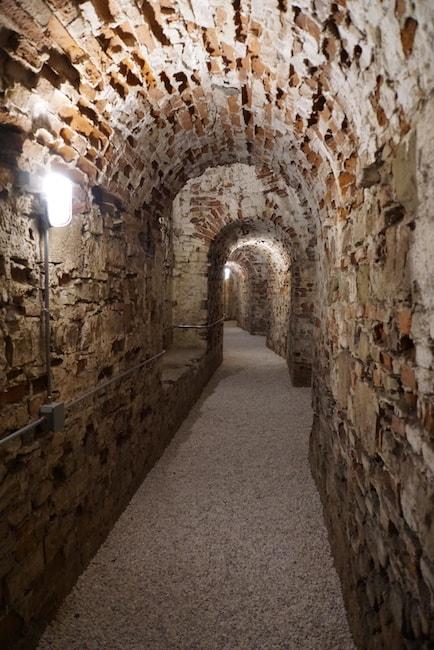 バッソ要塞 地下道