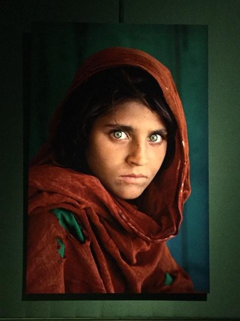 アフガンの少女 マッカリー展