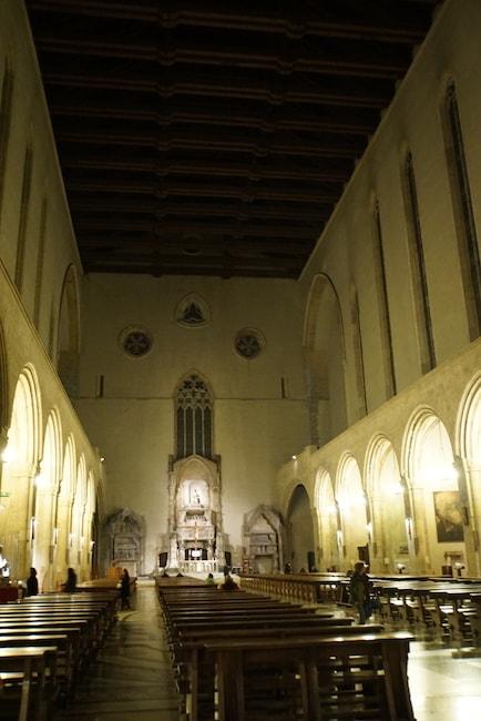サンタ・キアーラ聖堂