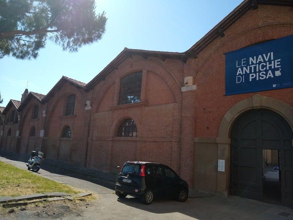 ピサ 古代の船美術館