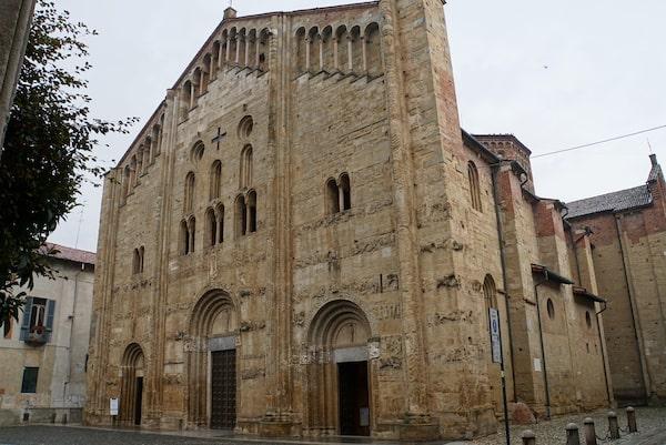 パヴィア サンミケーレマッジョーレ教会