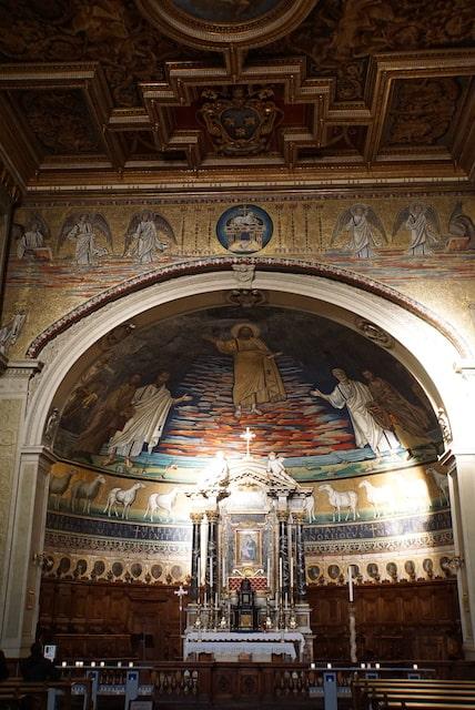 サンティコズマエダミアーノ教会