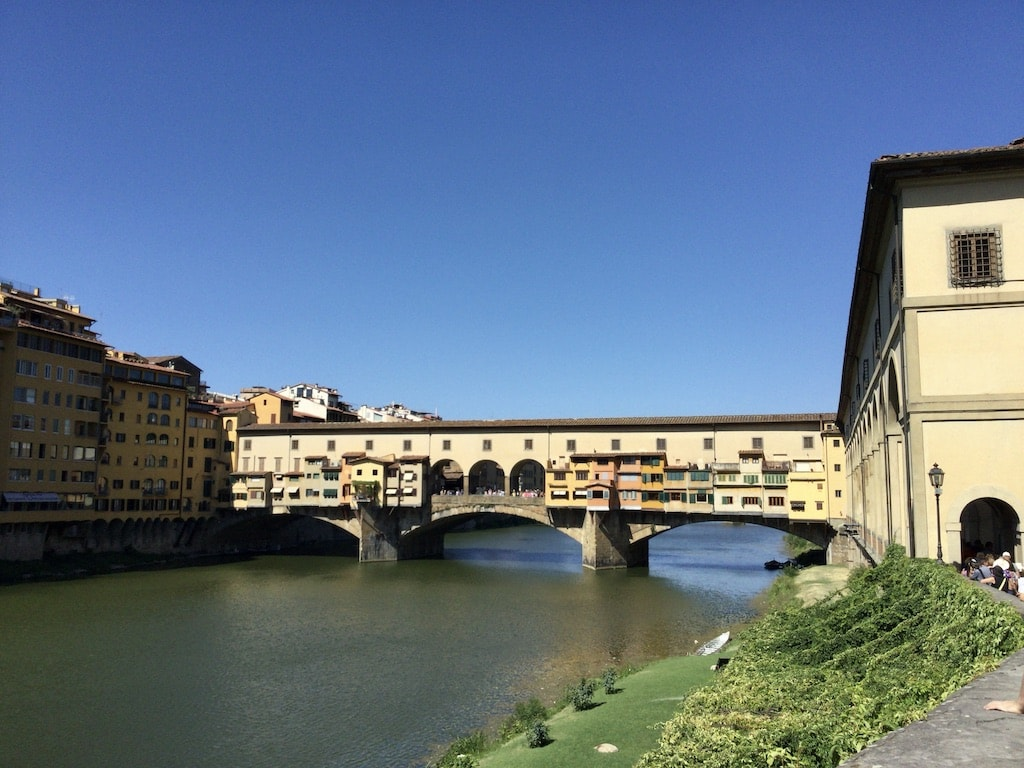 ヴァザーリの回廊 ヴェッキオ橋