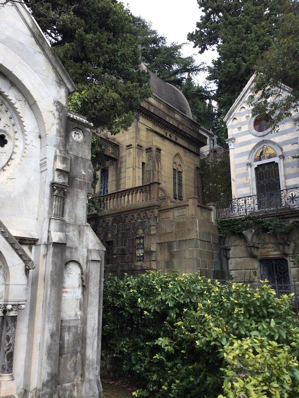 スタリェーノ墓地