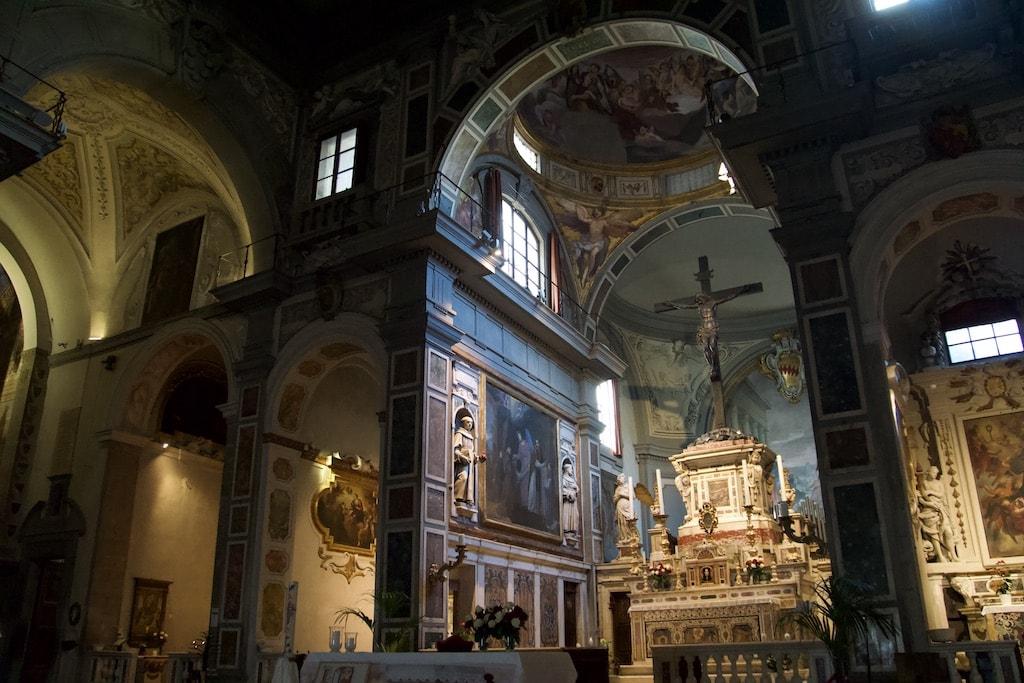 オンニッサンティ教会 内部