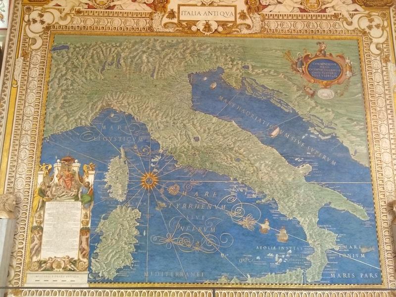 イタリア 地図のギャラリー