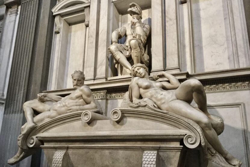 メディチ家礼拝堂 ミケランジェロ